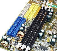 KK266 drive connectors and memory slots