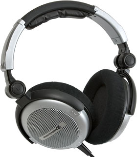 Beyerdynamic DT 660 headphones