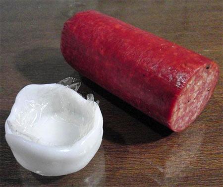 Polycaprolactone salami cap