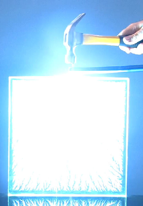 Lichtenberg figure being made