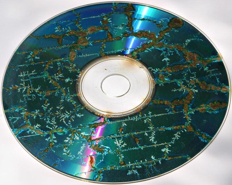 افتراضي  عندك CD أو DVD خربان ولا يهمك حمل البرنامج النادر ده CD/DVD diagnostic Retai   Nukedcd800