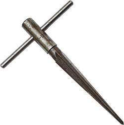 Tapered reamer