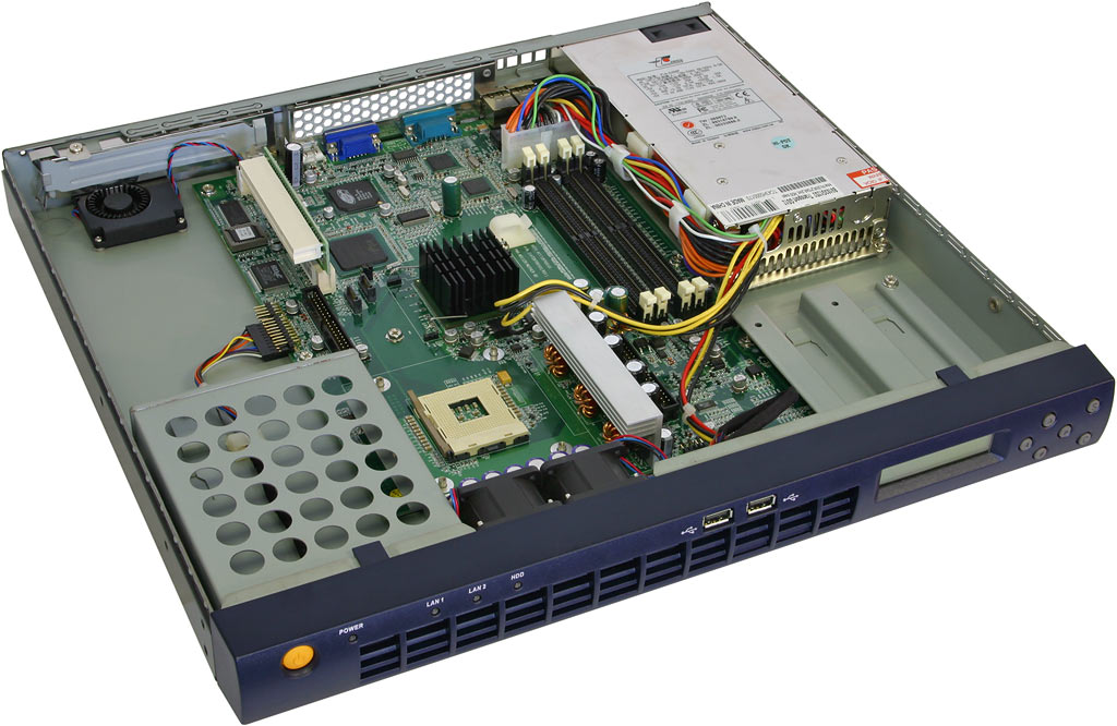 Review: Tyan Transport GS12 and GX21 1U rackmount servers